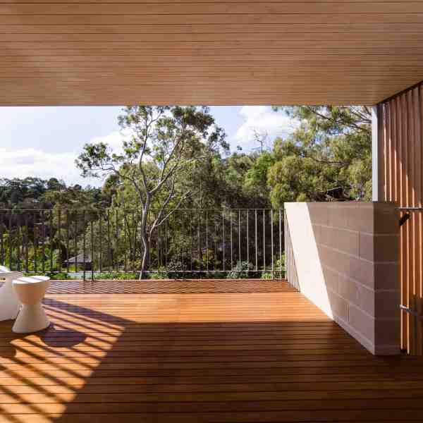 Blackbutt elements